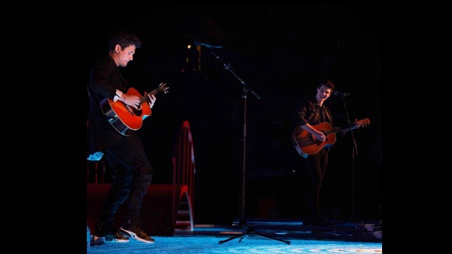 Shawn Mendes Finally Got To Sing With John Mayer